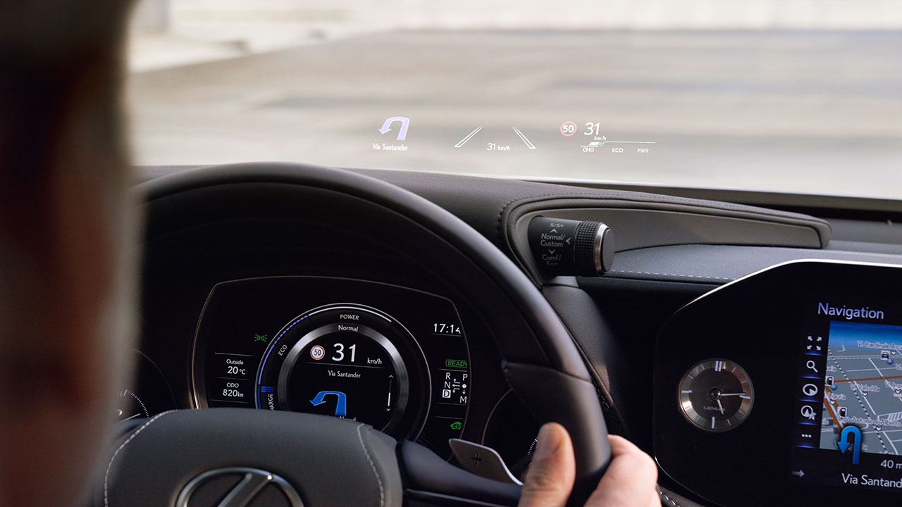 2020 lexus ls experience heads up display