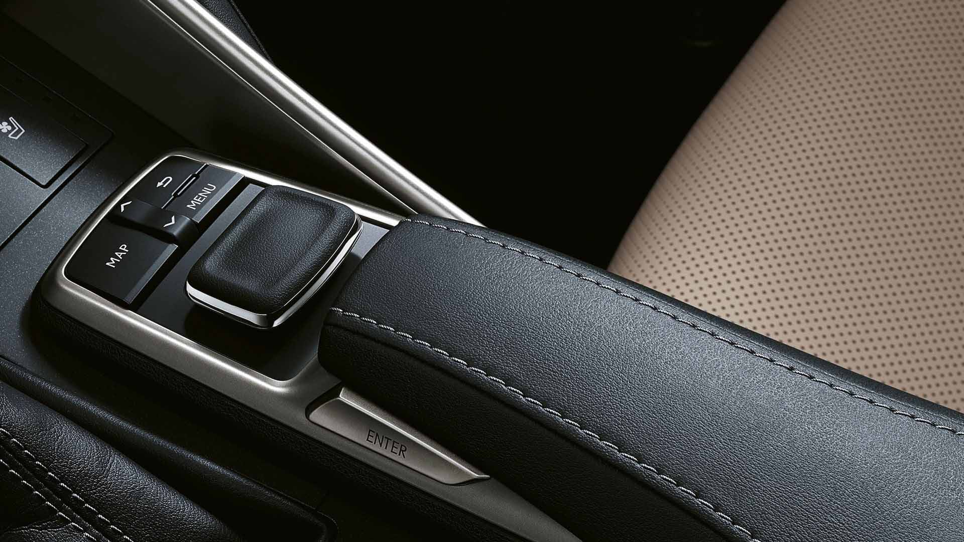 2017 lexus is 300h features remote touch