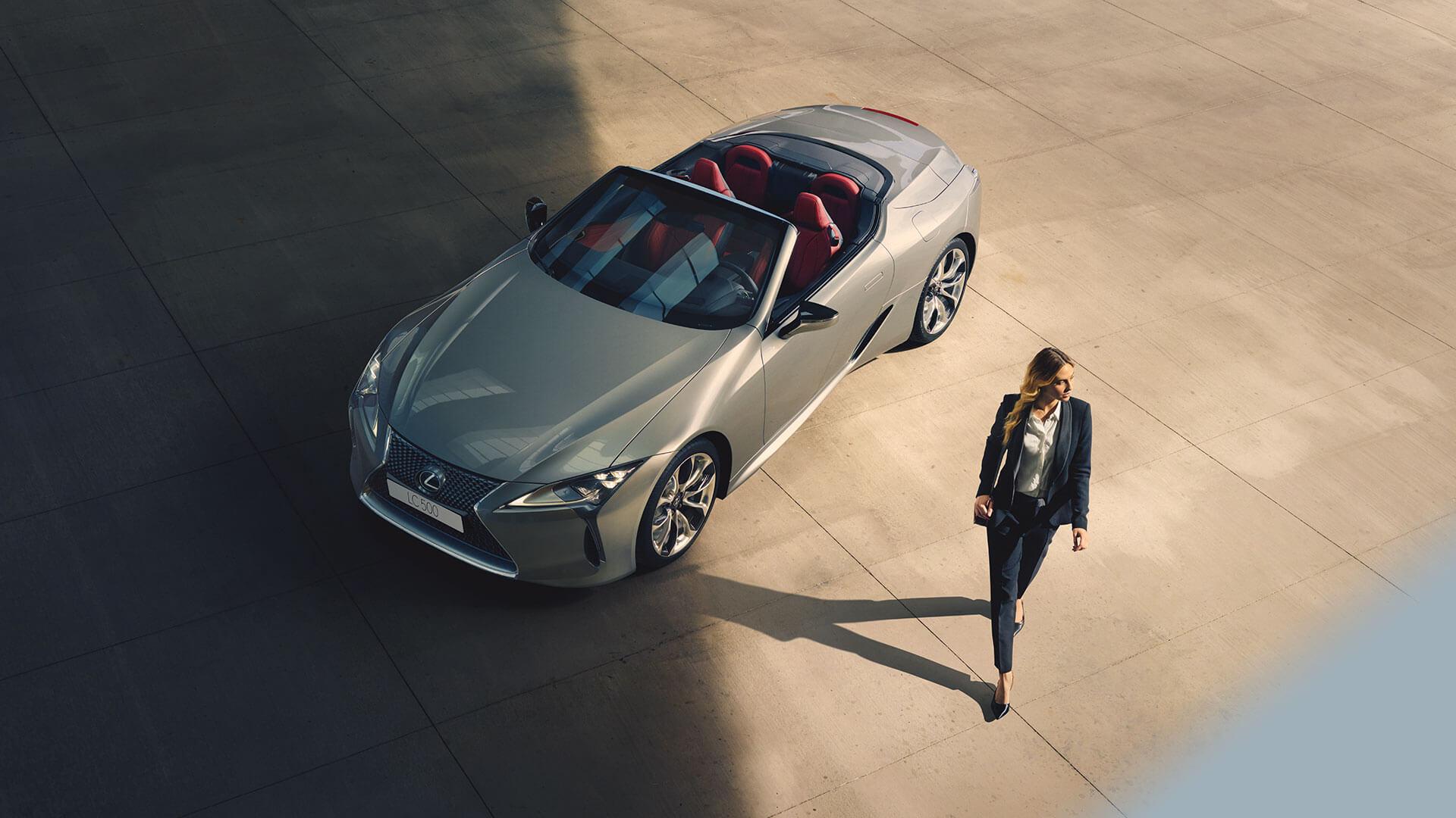 LC Convertible Best Luxury Car Award 05