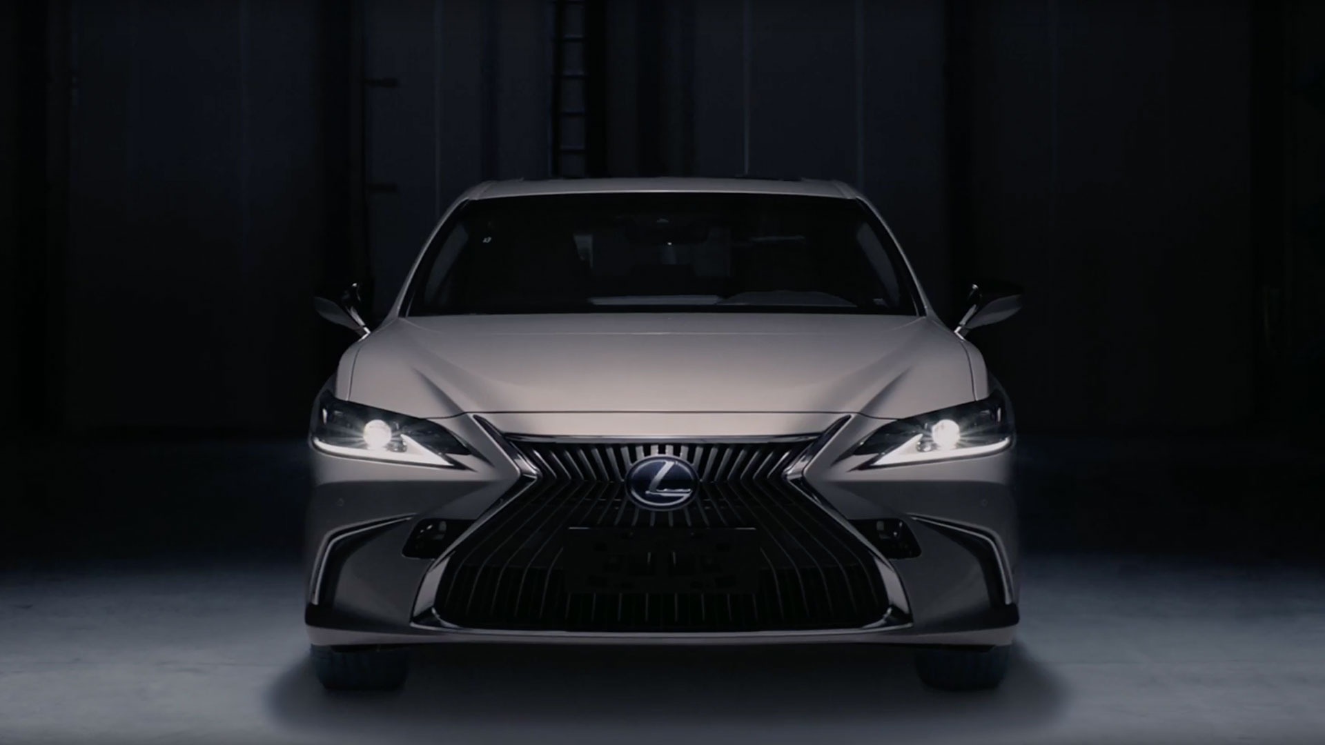 2019 lexus es sounds youtube still