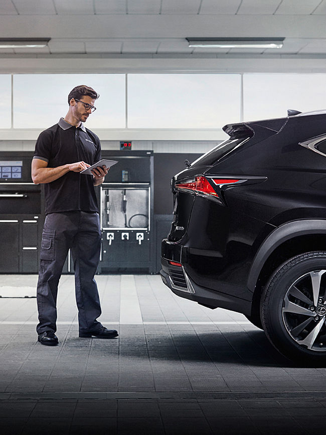 Sell Your Lexus Body Image
