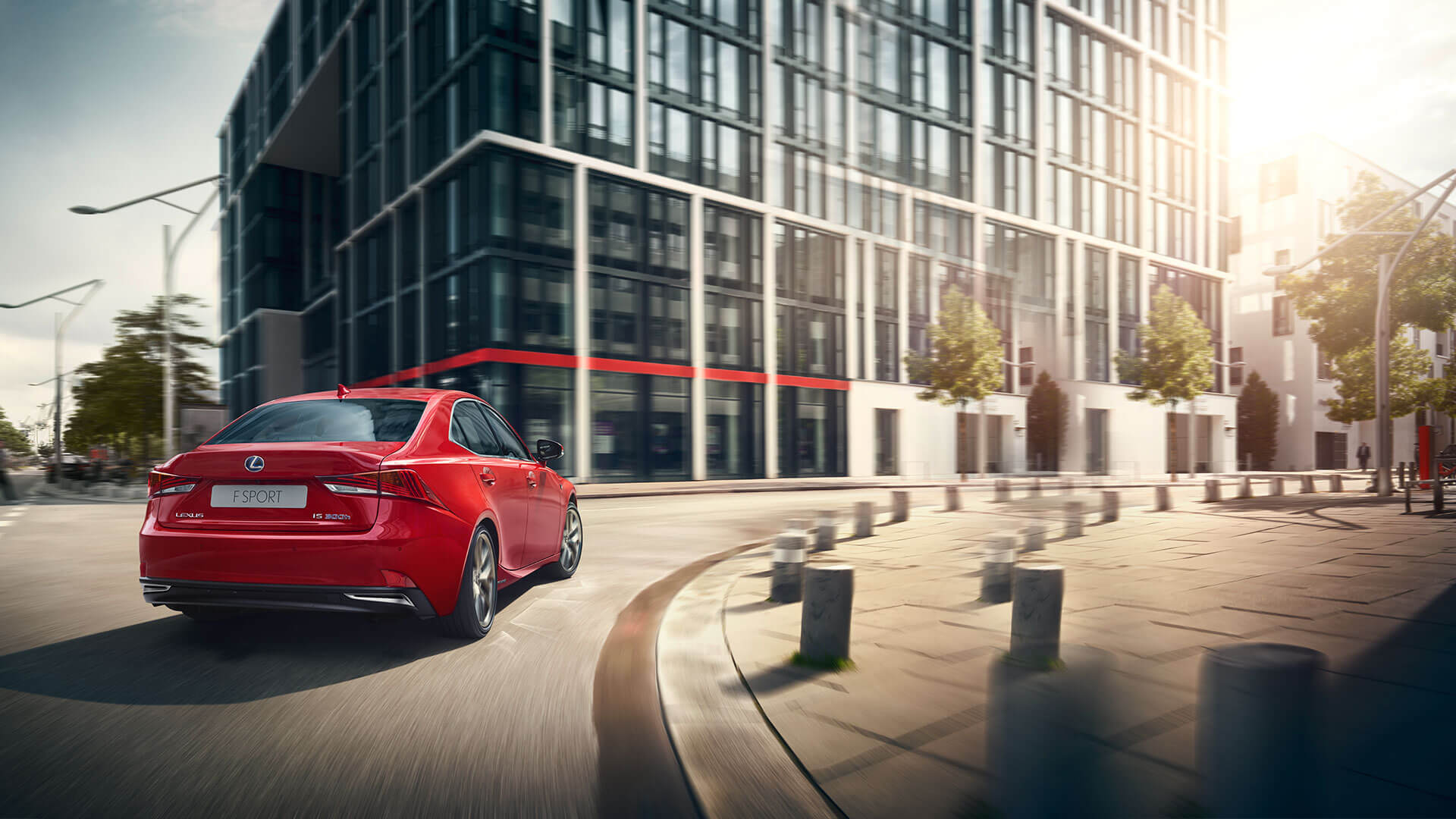 2017 lexus is key features
