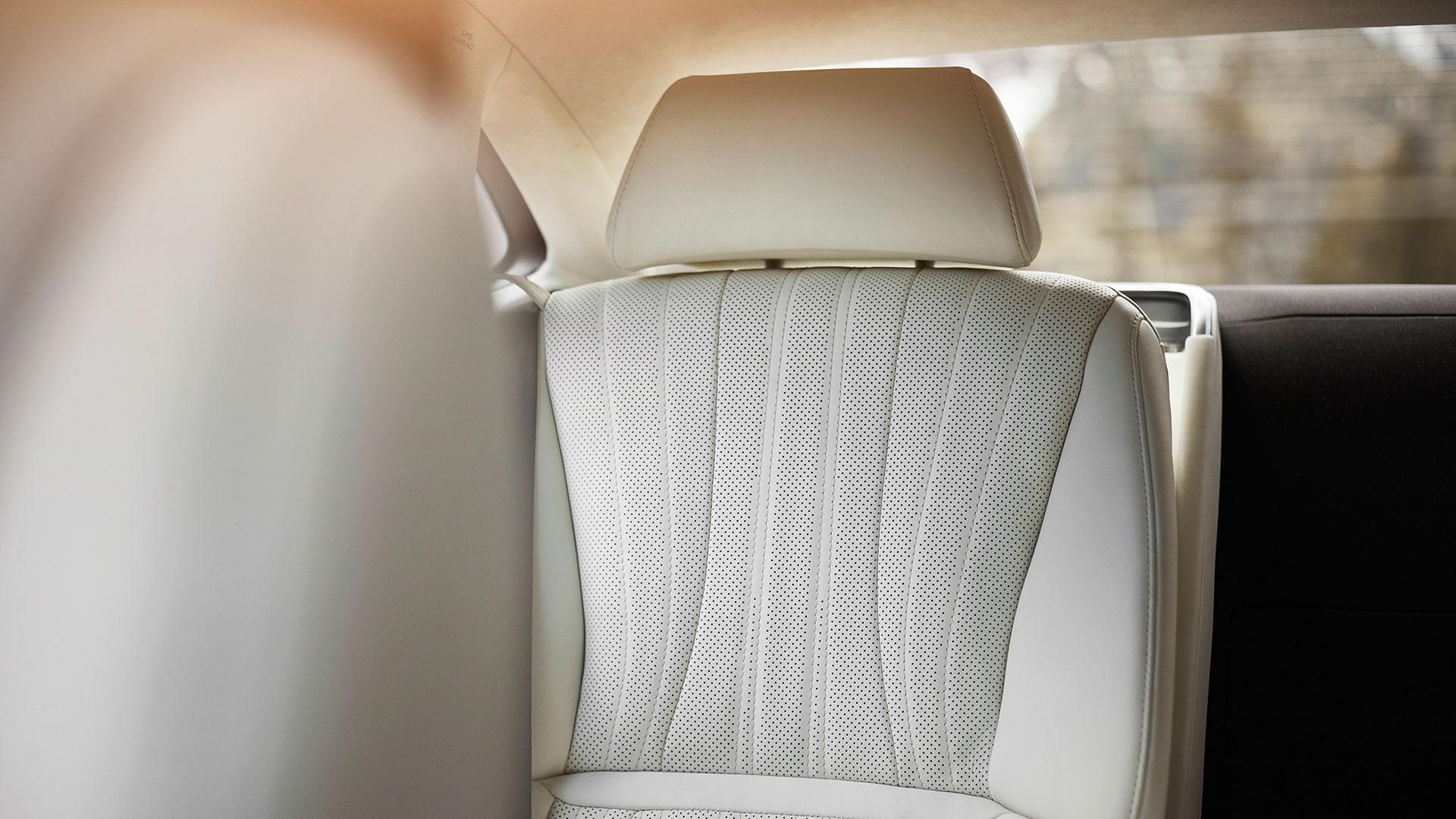 Lexus LS Sitz weiß Interior