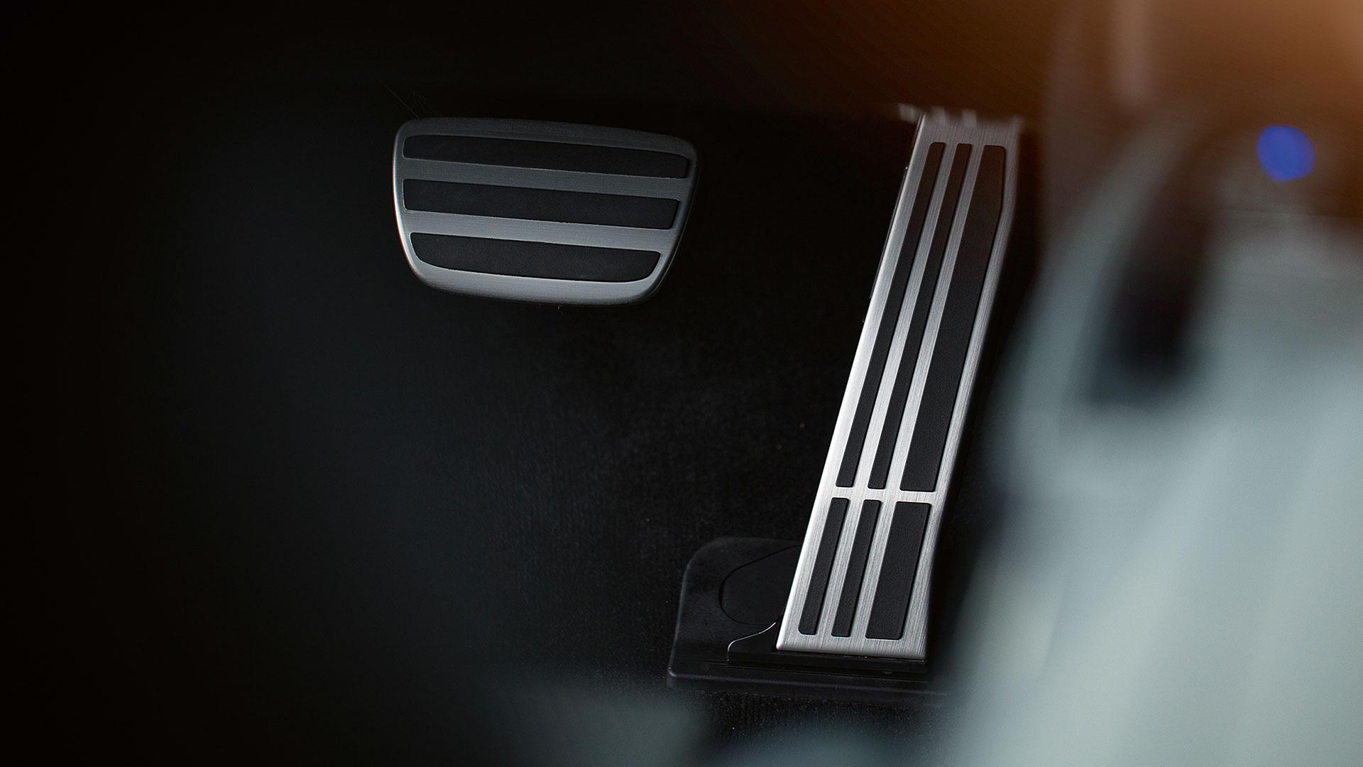 Lexus LS Interior Pedalen