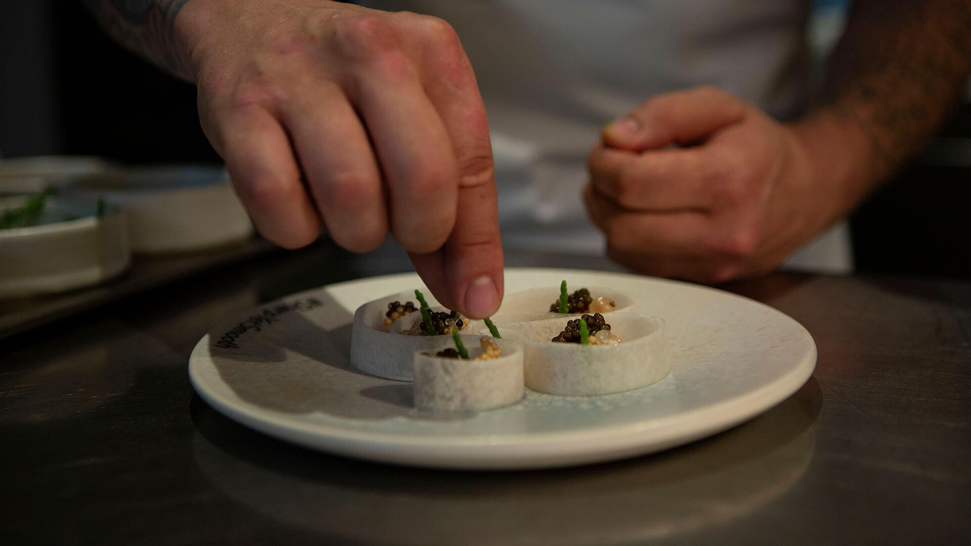 Lexus RX Essen auf Teller