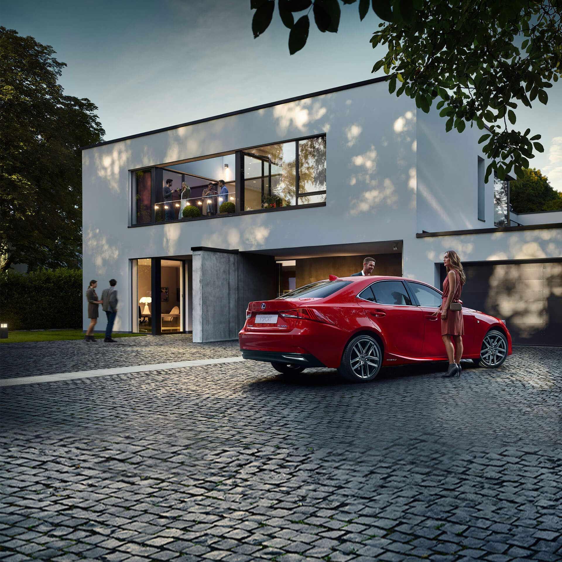 Lexus IS 300h rot