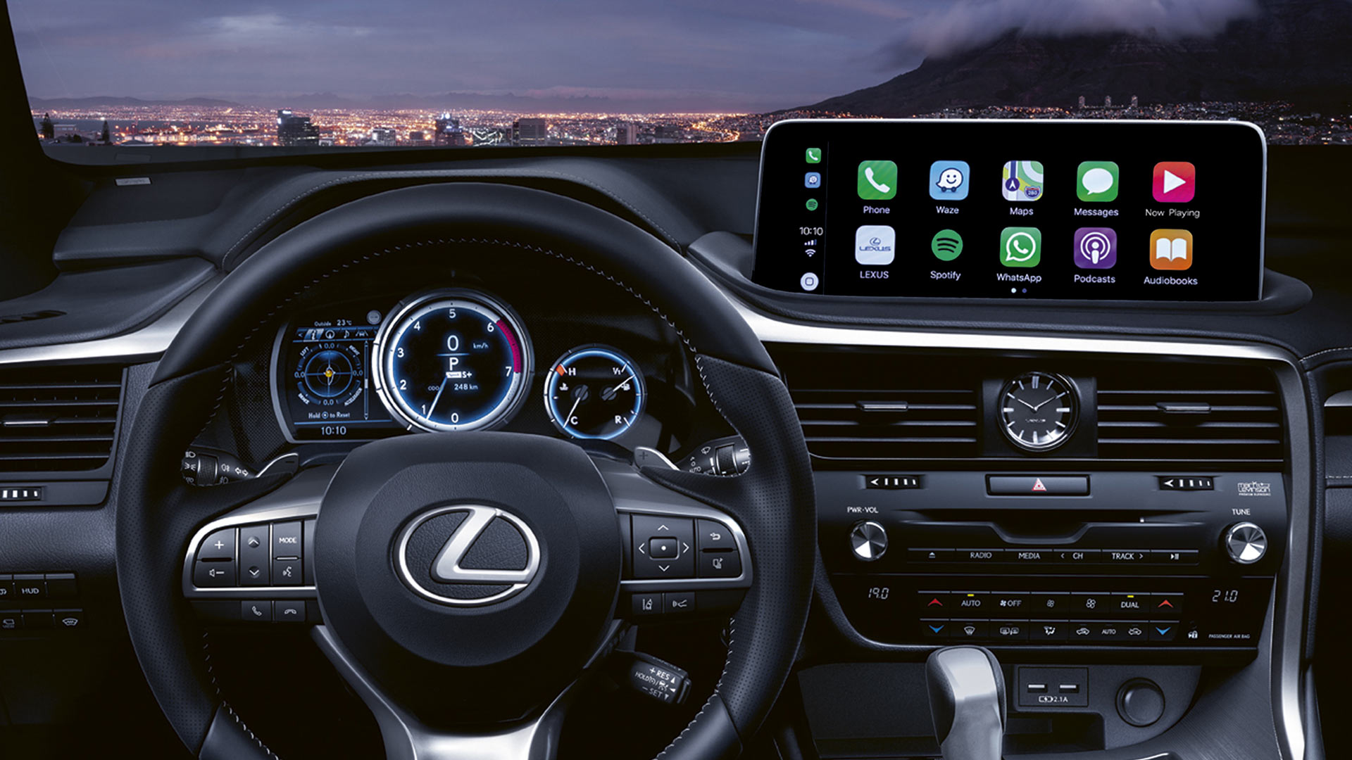 lexus multimedia device upgrade smartphone hero 1920x1080 5