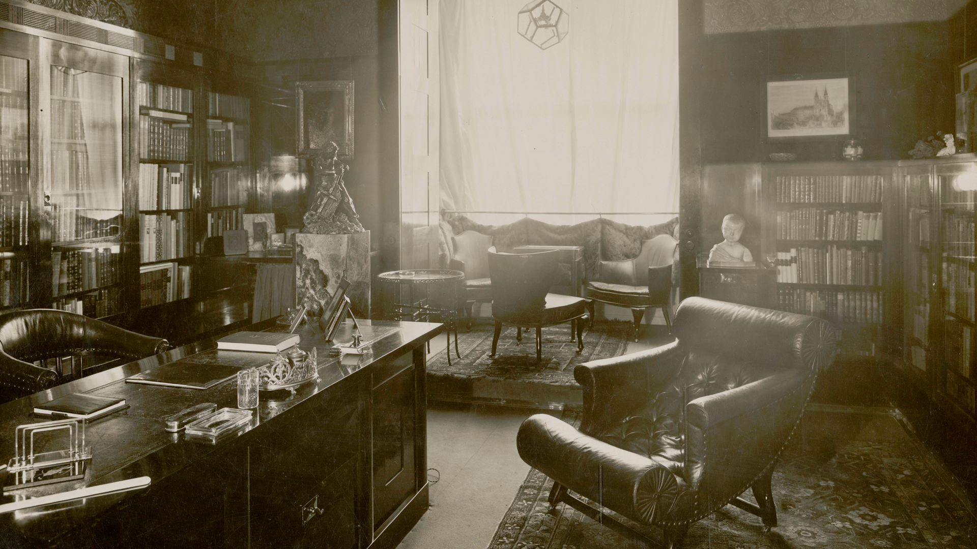 Despacho en la casa Friedman diseñado por Adolf Loos