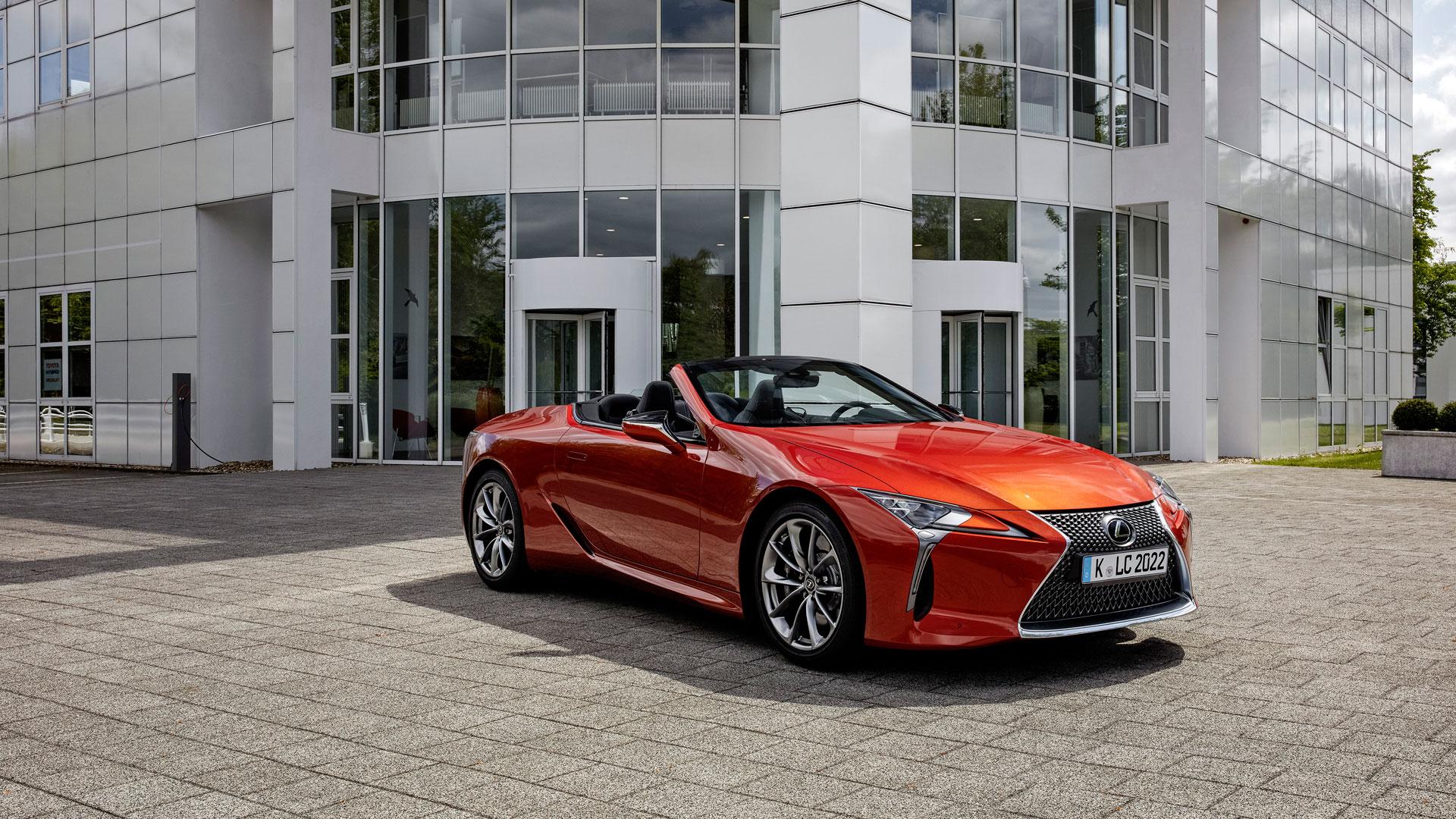 Imagen del Lexus LC naranja