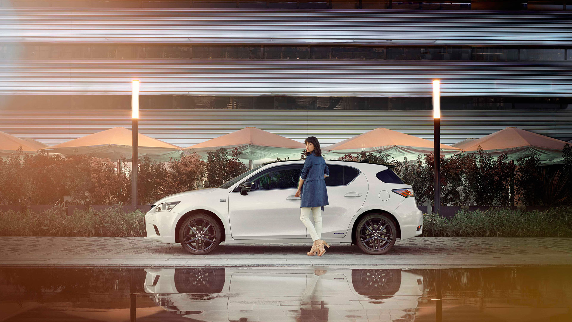 Lexus CT 200h un vehículo de cinco estrellas hero asset