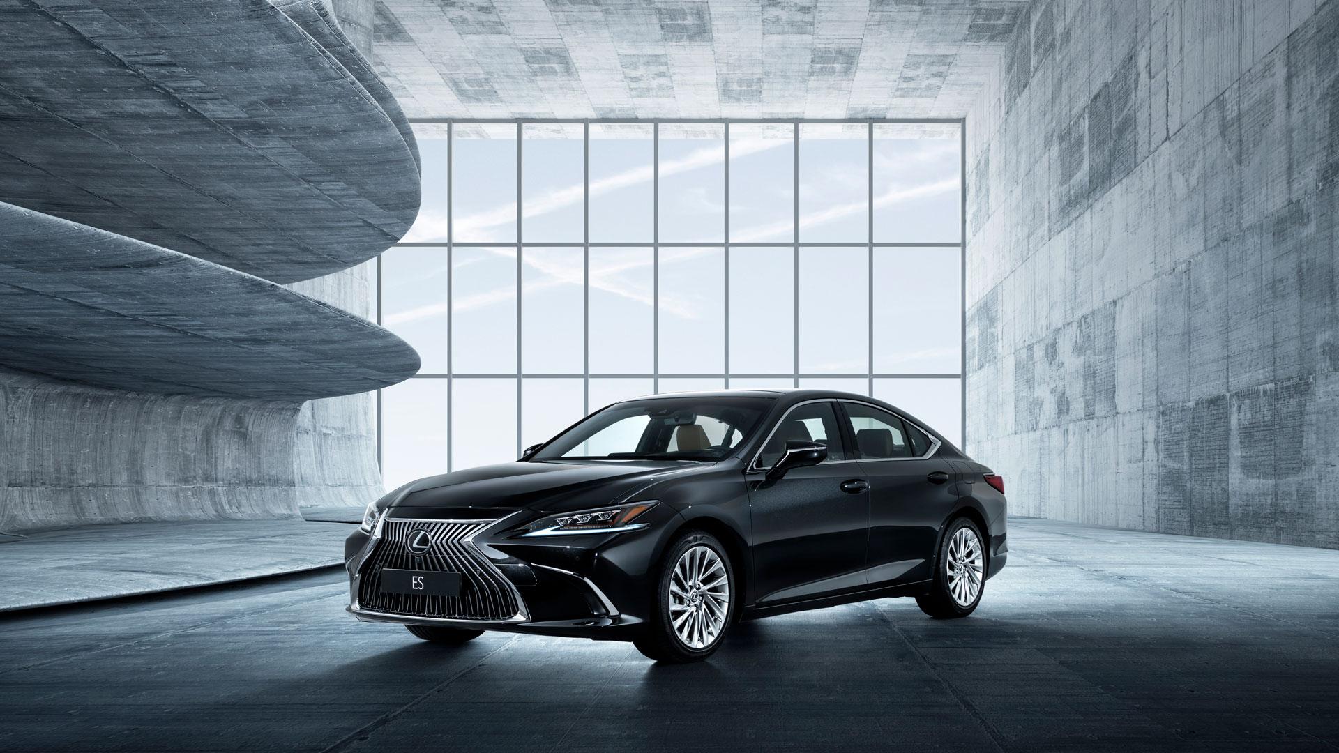 El nuevo Lexus ES 300h en primicia