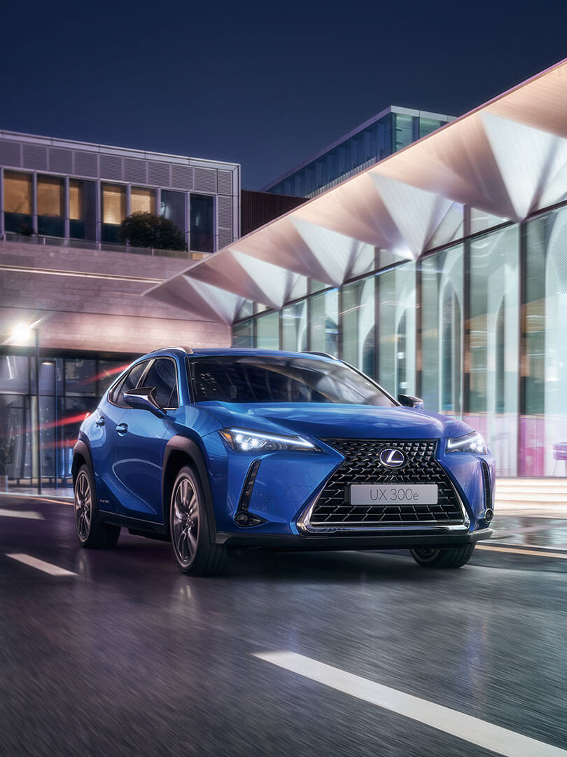 2020 lexus ux 300e feature range