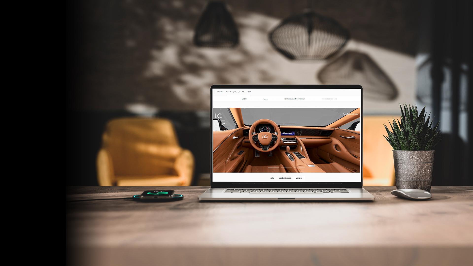 Hero Showroom picture desktop