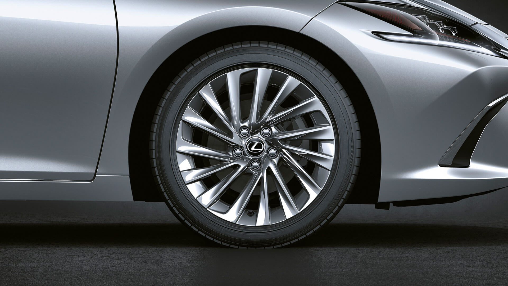 2019 lexus es 250 experience feature noise reducing wheels