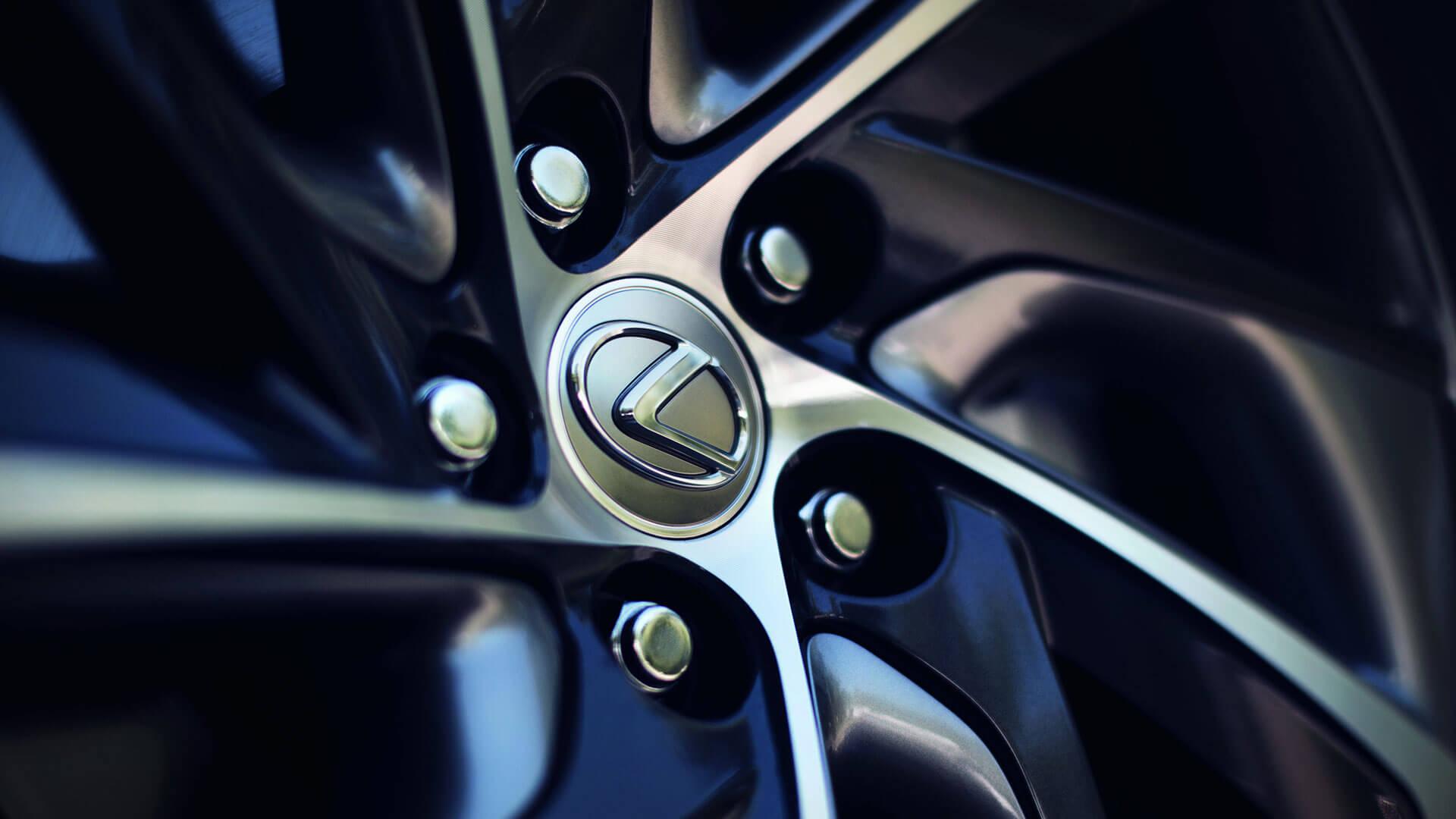 Velg met een Lexus logo