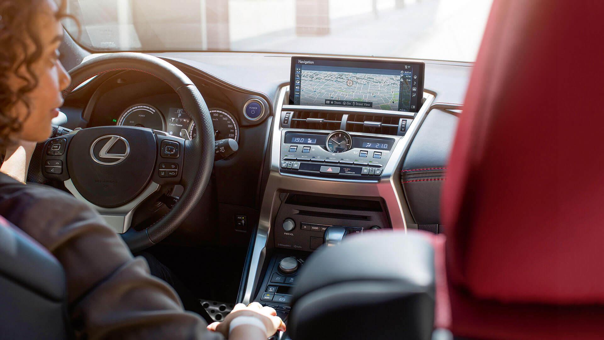 Interieur van een Lexus NX 300h