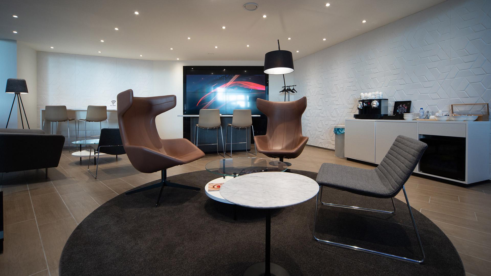 Afbeelding van het pand van Lexus Den Haag