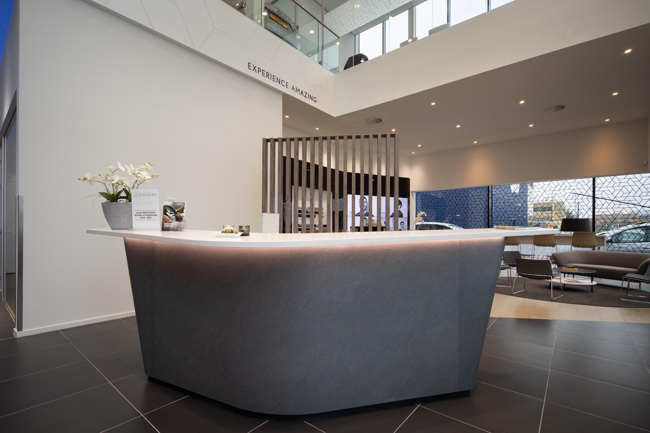 Showroom van Lexus Arnhem