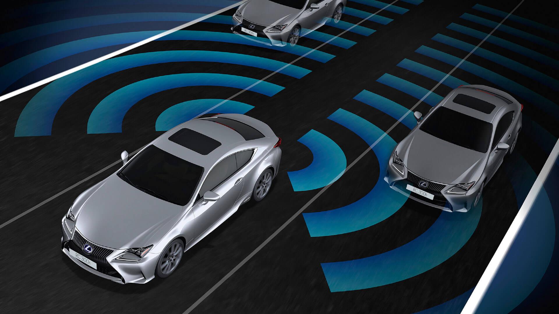 Lexus Safety system in voor bumper