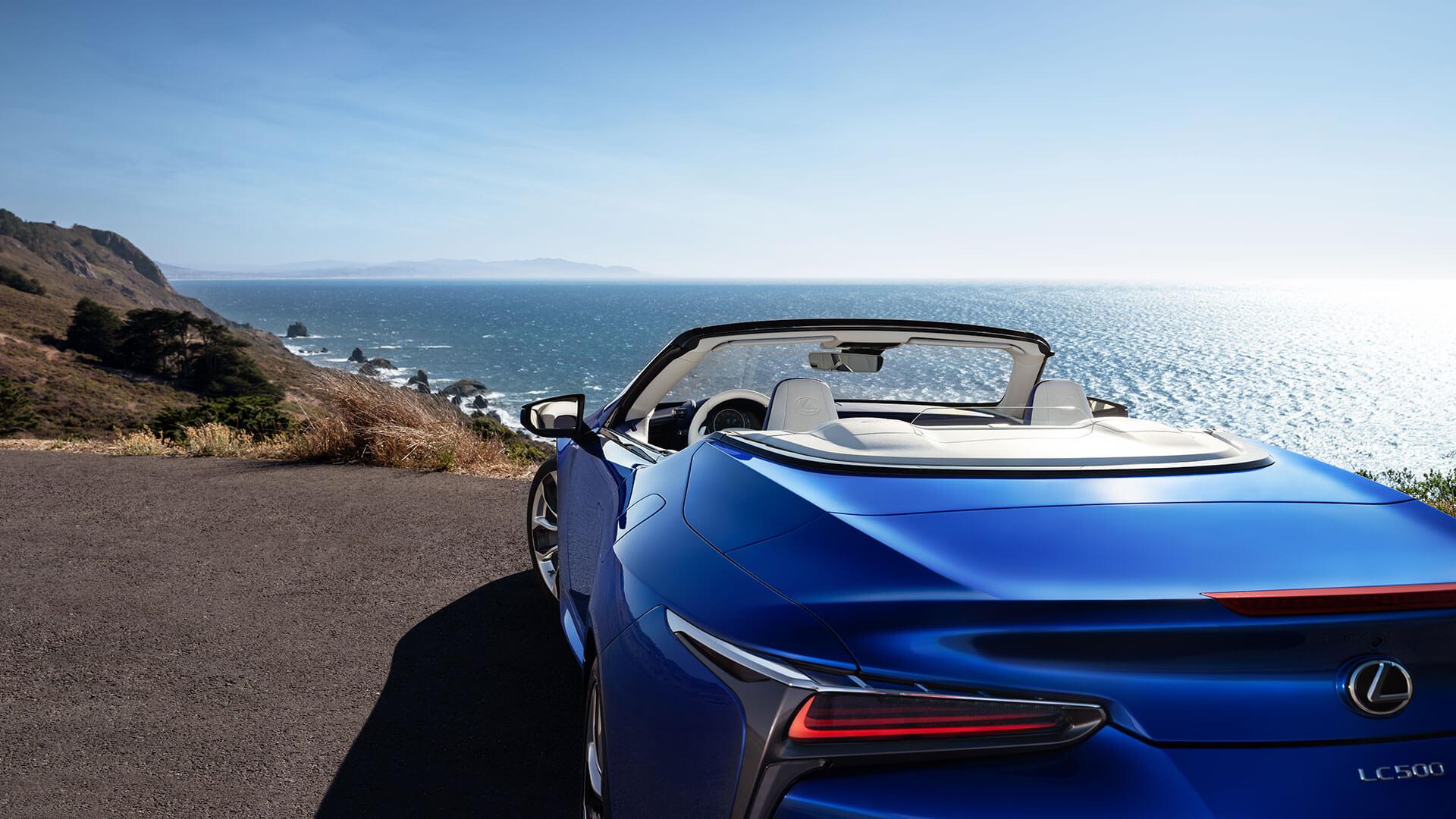 LC Convertible Best Luxury Car Award 07