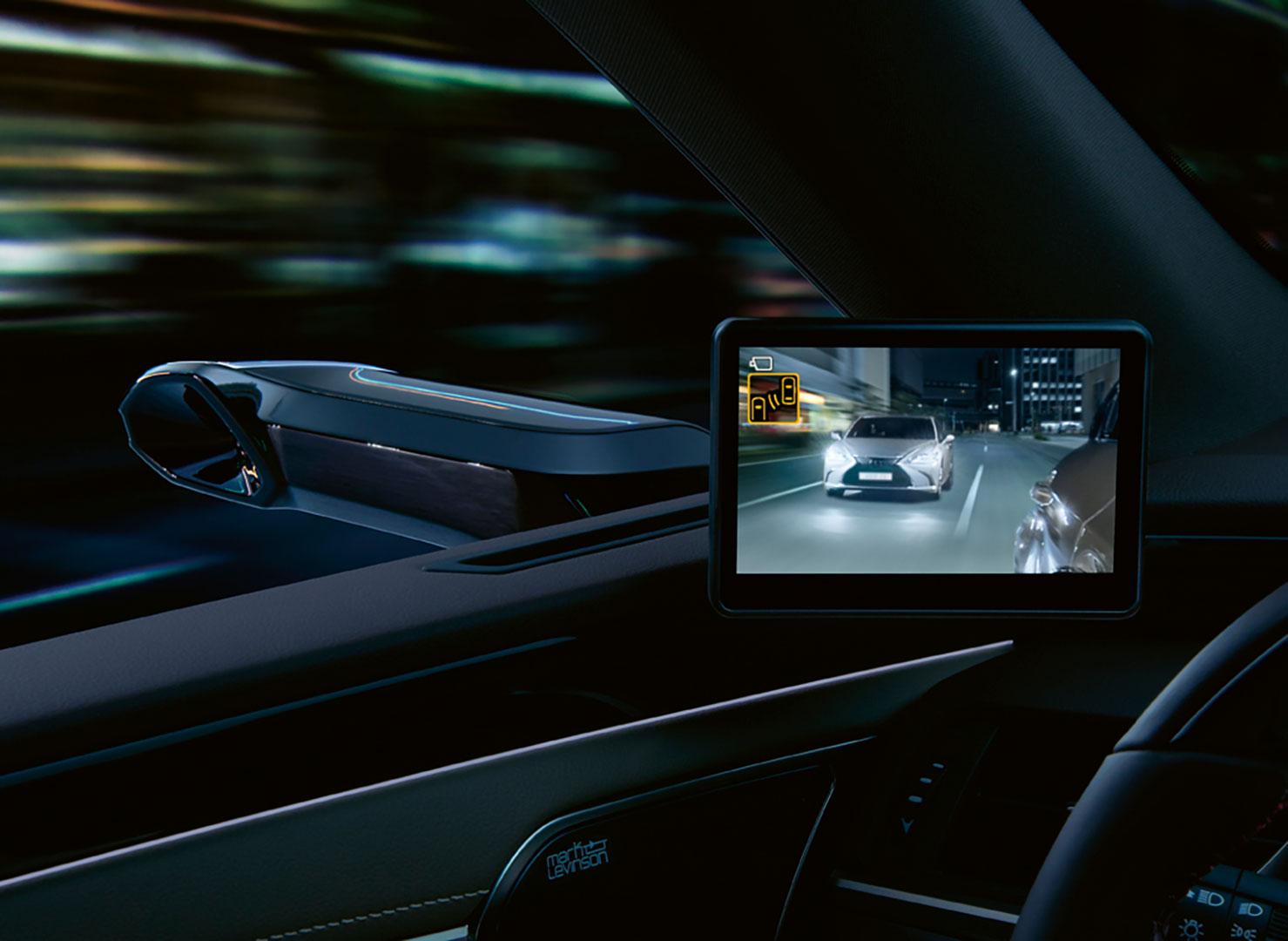 Lexus Dünyada Bi̇r İlk Olan Di̇ji̇tal Aynayi Türki̇ye'de Satışa Sundu gallery04