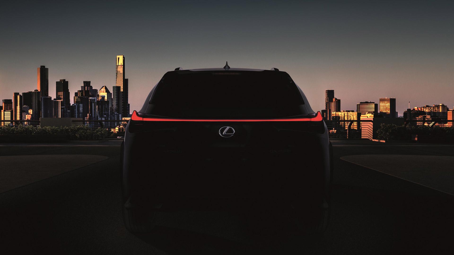 lexus cenevrede yeni UX crossover