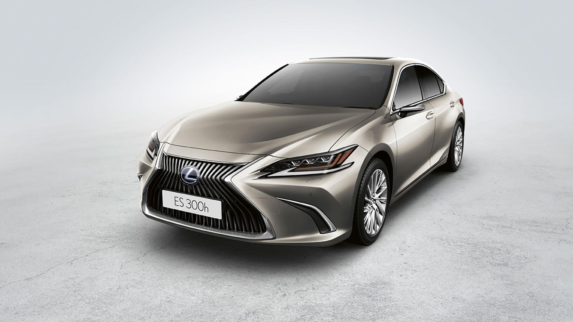 Lexus Dünyada Bi̇r İlk Olan Di̇ji̇tal Aynayi Türki̇ye'de Satışa Sundu