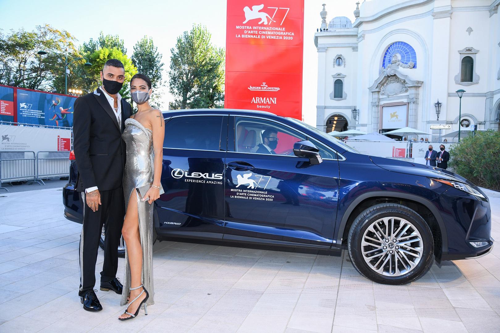 Lexus Venedik'te Kırmızı Halının Yıldızı Oldu gallery03
