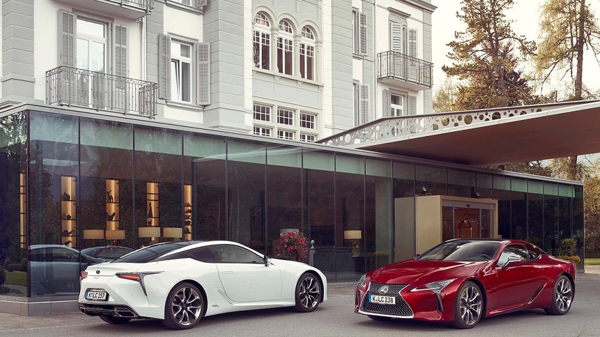 Lexus LC 500h gallery01 v3