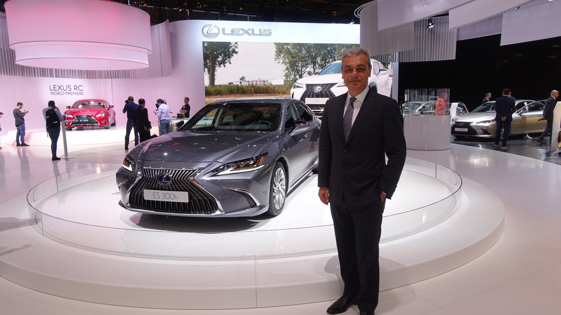 Lexus Paris Otomobil Fuari gallery06